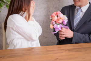 フラッシュモブを東京の結婚式場で計画する場合・サプライズのダンサーは誰がいい?